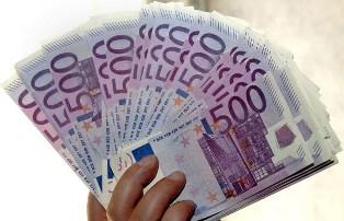 НБУ планирует ограничить наличные расчеты до 1000 евро