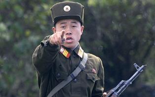 В Северной Корее впервые разместили рекламу на латинице