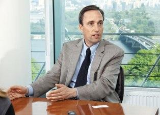 Реформы в обмен на финансовую стабильность