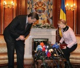 Тимошенко говорит, что Янукович ростом не вышел, чтобы ее пугать