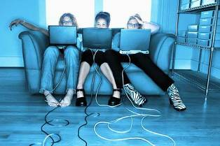 2010: интернет-версия. Новые медиа в уходящем году