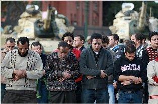 Под Мубараком зашаталось кресло