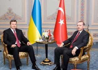 Что сделало Премьер-министра Турции таким сговорчивым с Киевом?