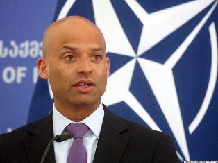 Джеймс Аппатурай: НАТО даст оценку сотрудничеству с Украиной с учетом суда  ...