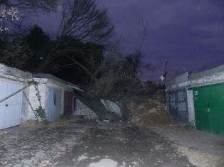 Причиной оползня в Днепропетровске стала халатность местных властей