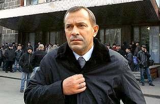 Из почетной ссылки в избирательный штаб: Клюев поведет ПР на выборы