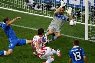 Евро-2012: Италия снова упускает победу