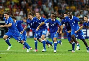 Евро-2012: Италия в серии пенальти проходит Англию