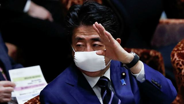 В Японии вводят режим ЧС из-за коронавируса
