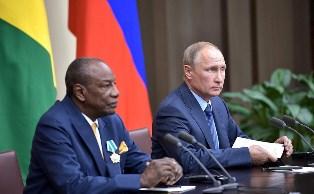 Новый друг Путина: как РФ помогает президенту Гвинеи узурпировать власть