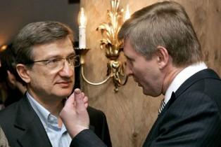 Ахметов пытается выкупить Донецк у террористов за 30 млн. долларов