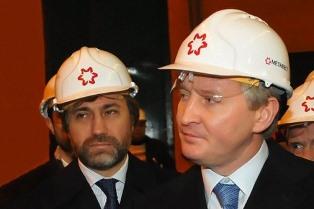 Ахметов и Новинский выводят из своих ГОКов миллиардные дивиденды