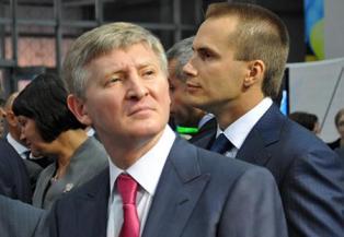 Пенсионером, который подал в суд на Порошенко за невыплату пенсий в ДНР, ок ...