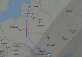 В Латвии решили отказаться от полетов над Беларусью после посадки самолета  ...