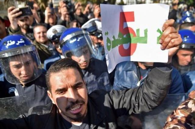 Падение нефти может стать причиной краха еще одного авторитарного режима