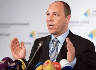 Андрей Парубий: Дебальцево, Мариуполь и Донецкий аэропорт сдавать нельзя