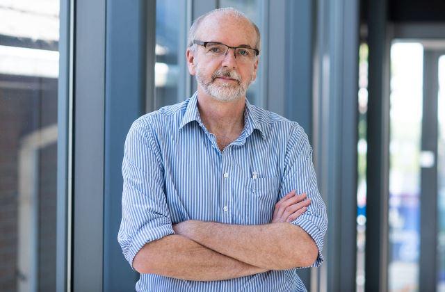 Создатель Оксфордской вакцины от COVID счел невозможным коллективный иммунитет