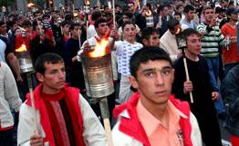 Ереван демонстрирует праведный гнев по случаю Дня памяти Геноцида армян 1915 года