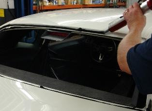 Как правильно выбрать герметик для автомобиля