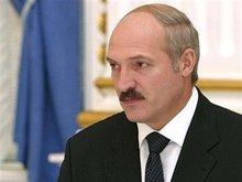 Лукашенко смотрит на Запад, чувствуя угрозу с Востока