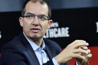 Руководители Moderna и BioNTech стали долларовыми миллиардерами