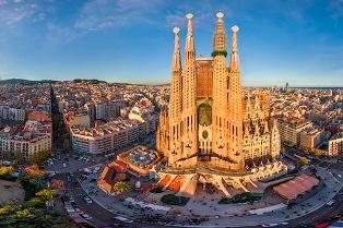 Один день в Барселоне: что посетить в самом необычном городе Европы