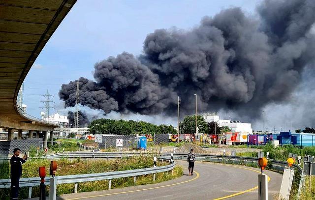 В Германии на заводе Bayer произошел сильный взрыв