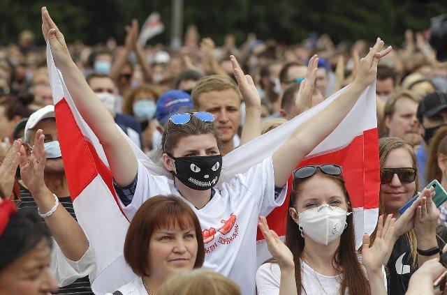 Сотрудники государственного ТВ в Беларуси поддержали протесты и объявили забастовку