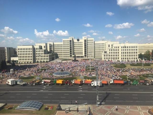 Протесты в Беларуси: министр обороны транслирует фейки российской пропаганды