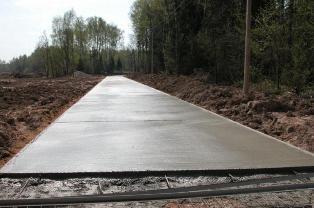 В Правительстве РФ решили заменить асфальт на бетон при строительстве дорог