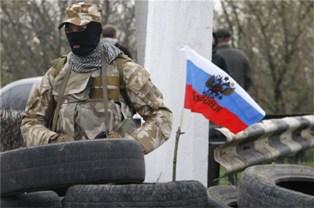 Из России на Донбасс направили новую партию боевиков. Видео