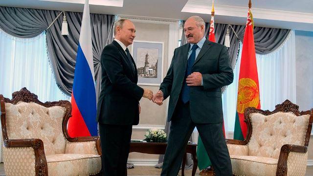 Беларусь взяла новый займ у РФ на сумму свыше 100 млрд российских рублей