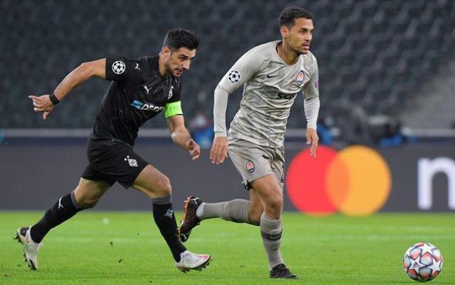 Лига Чемпионов: Боруссия снова громит Шахтер, Аталанта шокирует Ливерпуль