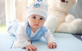 Одежда с первых дней жизни: как выбрать боди для малыша?