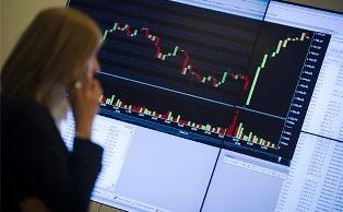 Санкциям вопреки: британские инвесторы выкупили 49% новых российских евробо ...