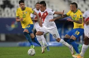 Copa America: Бразилия обыграла Перу и вышла в финал