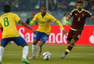 Copa America-2015: Бразилия выводит Колумбию в четвертьфинал