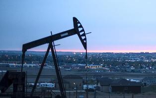 Нефть Brent поднялась выше $83 впервые с ноября 2014 года