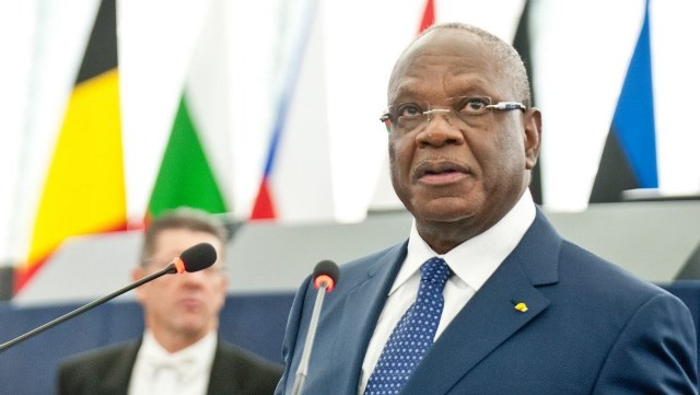Президент Мали добровольно ушел в оставку после военного мятежа