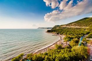 Отдых на Черном море: Сочи, Большой Утриш или Абхазия?