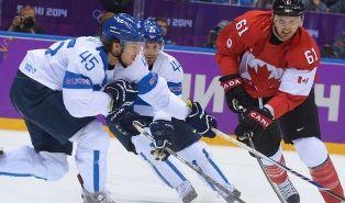 ЧМ по хоккею: Финляндия уничтожает Канаду, Россия обыграла Швейцарию