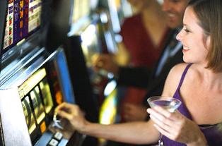 Перехитрить казино: можно ли обыграть игровые автоматы онлайн?