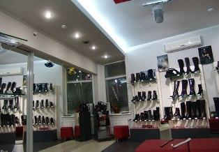 Стоимость зимней обуви в Украине за год выросла в 1,5 раза