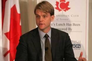 Канада выразила готовность принять беженцев из Украины