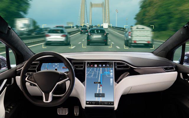 Китай требует от мировых автопроизводителей хранить данные внутри страны