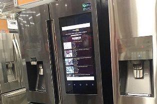 Интернет вещей: умный холодильник зашел на PornHub прямо в магазине