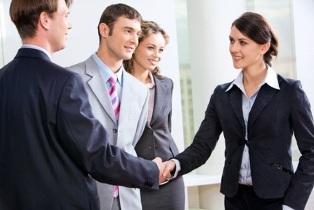 Корпоративные сувениры: что подарить партнерам?
