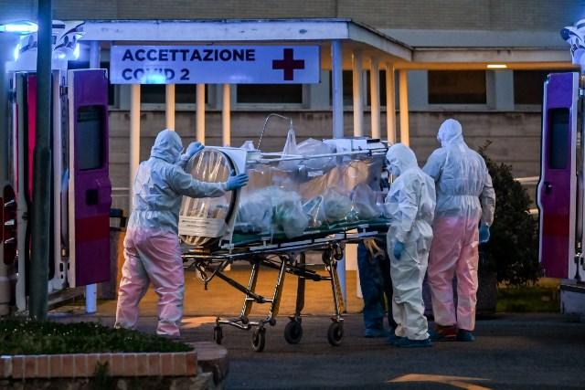 ВОЗ предупреждает о риске 3-й волны пандемии COVID в Европе