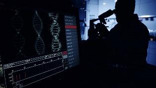 Коронавирус мутирует: в странах Европы распространяется новый штамм