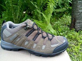 Особенности выбора туристических кроссовок: на что обращать внимание